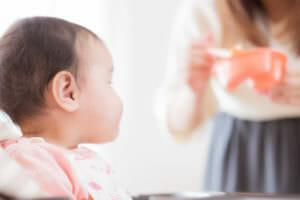 アトピー性皮膚炎に悩む赤ちゃんのイメージ