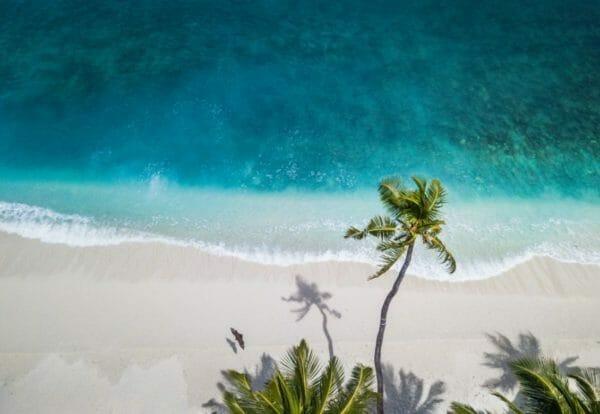 ストレスのせいでアドレナリンが出てしまっているときにリラックスするための海のイメージ