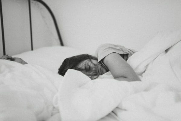 clubhouseで睡眠の質が悪くなってしまった人のイメージ