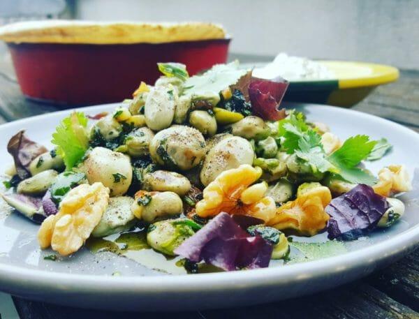身体に良いとされるオメガ3が多く含まれる食事のイメージ