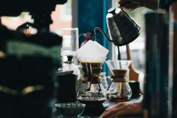 カフェインが多く含まれているので慢性疲労になる可能性のあるコーヒーのイメージ